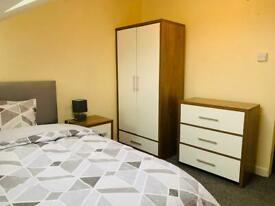 BESPOKE ROOM NEAR QUB & MALONE AREA