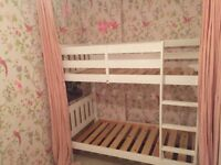 Childrens bunk bed: white