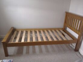 Single Bed ** REDUCED ** Wooden Bed with tall headboard and footboard