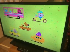 """40"""" Toshiba TV with HDMI and Freeview- immaculate condition"""