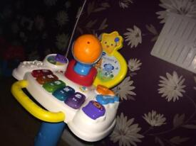 Vtech baby sit to stand sing along centre