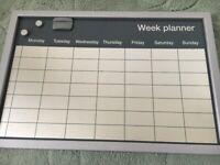 Large wipeable weekly wall planner & markers