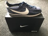 Nike Cortez size 9 genuine navy with box