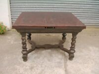 Antique Oak Table with extendable leaves