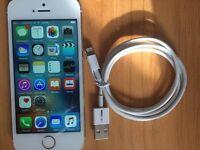 iPhone 5s 16gb White & Silver 02/Giff Gaff/Tesco Sim Locked
