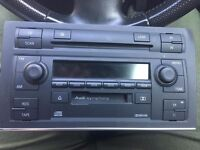 audi a4 b6/b7 symphony car stereo cd player in good working order