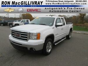 2013 GMC Sierra 1500 SLT..All Terrain..One Owner..Excellent Cond