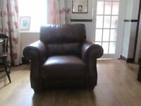 Chair and setee must get fast sale need room