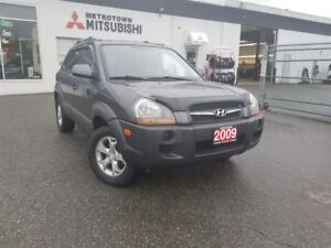 2009 Hyundai Tucson GL V6; Local & No accidents
