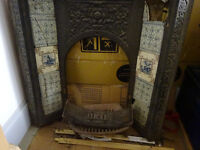 VICTORIAN FIREPLACE - full castiron with original tiles (to renovate)