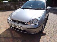Ford Focus 1.6 ghia auto,2004