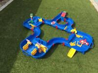 Aquaplay water table/toy