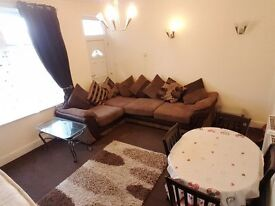 BEAUTIFUL 3 BEDROOM FURNISHED TERRACE HOUSE TO LET FOR RENT KEIGHLEY BD22 MANNVILLE ROAD