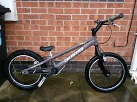 Da bomb trials bike ,bmx
