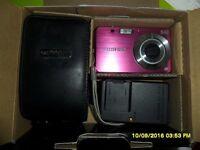 fuji finepix pink j20 10megapixel digital camera