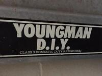 Youngman D.I.Y, Aluminium 2 section extending ladder.