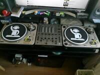 Numark Pro TT-2 Turntables & Pioneer DJM 600 Mixer