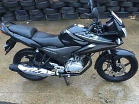 Honda cbf125 year 2012 miles10890 legal learner price £1250.00 black
