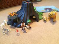 Playmobil triceratops set