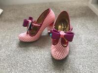 Irregular Choice Size 6/39 Shoe