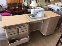 Horn Original Home Sewing Centre with Frister Rossmann 977 Sewing Machine. Mint Condition