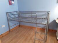 Mid-riser single bed