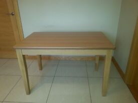 Light oak 4ft rectangular table