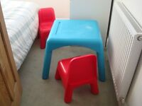 Early Learning Centre ELC Childs Plastic Table and Two Chairs