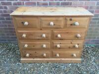 Large solid chunky pine chest of drawers. Dovetail Joints. Quality build