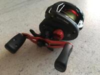 Abu Garcia 'Black Max' Baitcaster Fishing Reel - As New, Excellent Condition inc. Braid
