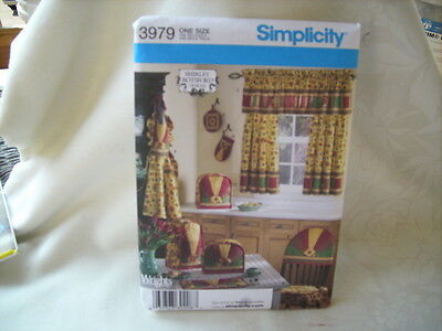 Simplicity Oven Mitt - Home decor pattern Simplicity #3979 apron chair back cover valance oven mitt