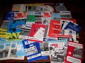 Wanted Football Programmes / Memorabilia / Photos / Cards