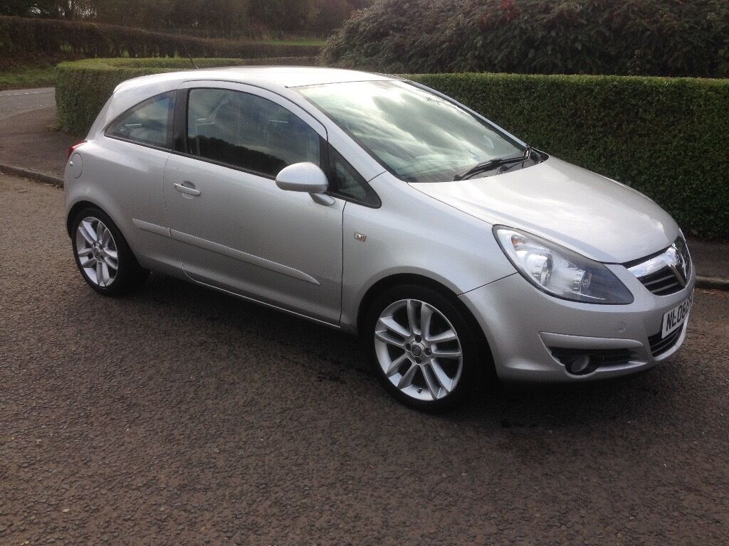 Vauxhall corsa sxi, 08 reg, 1.2 16v, silver, mot april, 70k miles, good condition £1625 Kilmarnock