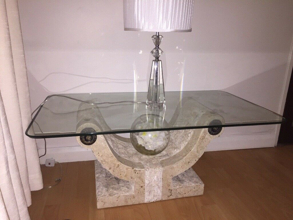 Stone Base Coffee Table.Modern Glass Mactan Stone Base Coffee Table New In Chislehurst London Gumtree