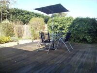 Garden table and chairs verry good condition