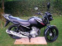 Yamaha YBR 125 2013 950 miles long Mot genuine clean reliable learner legal bike