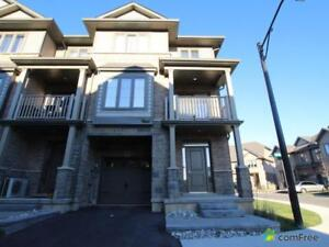 $499,000 - Townhouse for sale in Stoney Creek