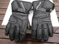 Buffalo winter weight gloves M size .
