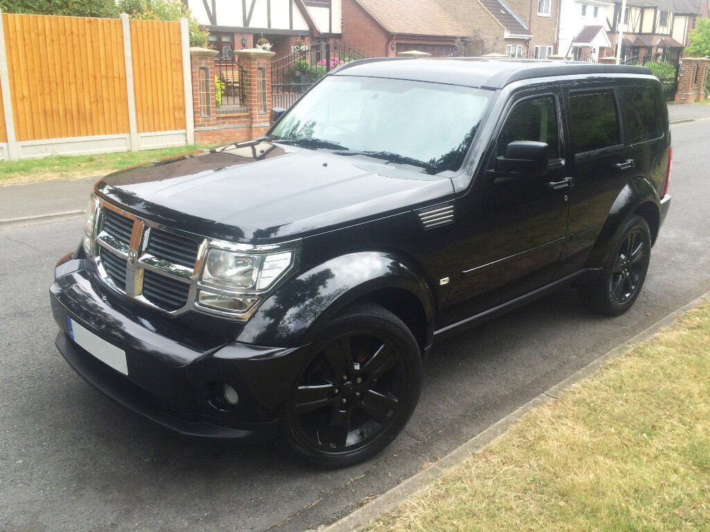 dodge nitro 2 8 sxt 2009 4x4 black satnav full. Black Bedroom Furniture Sets. Home Design Ideas