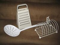 Toast Rack, Plastic Grater and Long Handled Plastic Ladle