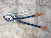 Heavy duty pipe bender