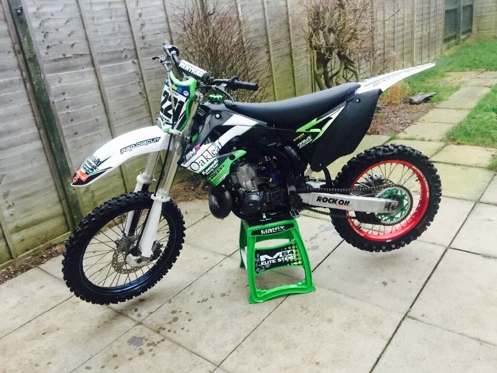 2002 kx250 kx 250 with kxf subframe and plastics fitted. Black Bedroom Furniture Sets. Home Design Ideas