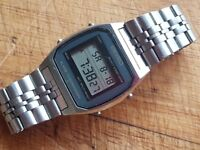 VINTAGE SEIKO LCD DIGITAL CHRONO ALARM S/STL A904 5000 MENS WATCH GWO NUMBERED BRACELET SQ BUCKLE