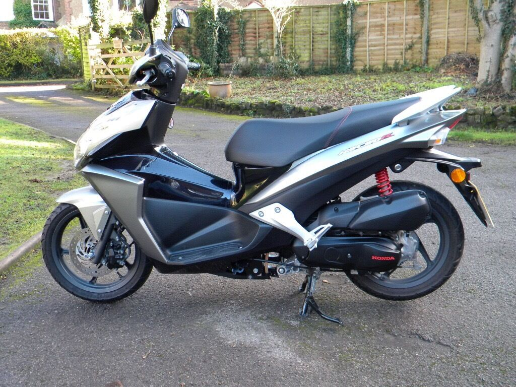 honda nsc 50 sporty 1 876 miles only in sevenoaks. Black Bedroom Furniture Sets. Home Design Ideas