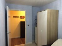 Newly Refurbished Small double Room for single professional in a two bedroom flat with one person