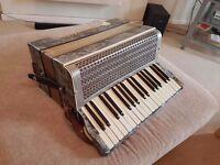 Italian Riosa accordion