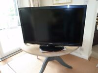 """Panasonic 37"""" LCD FreeSat and Freeview Television"""