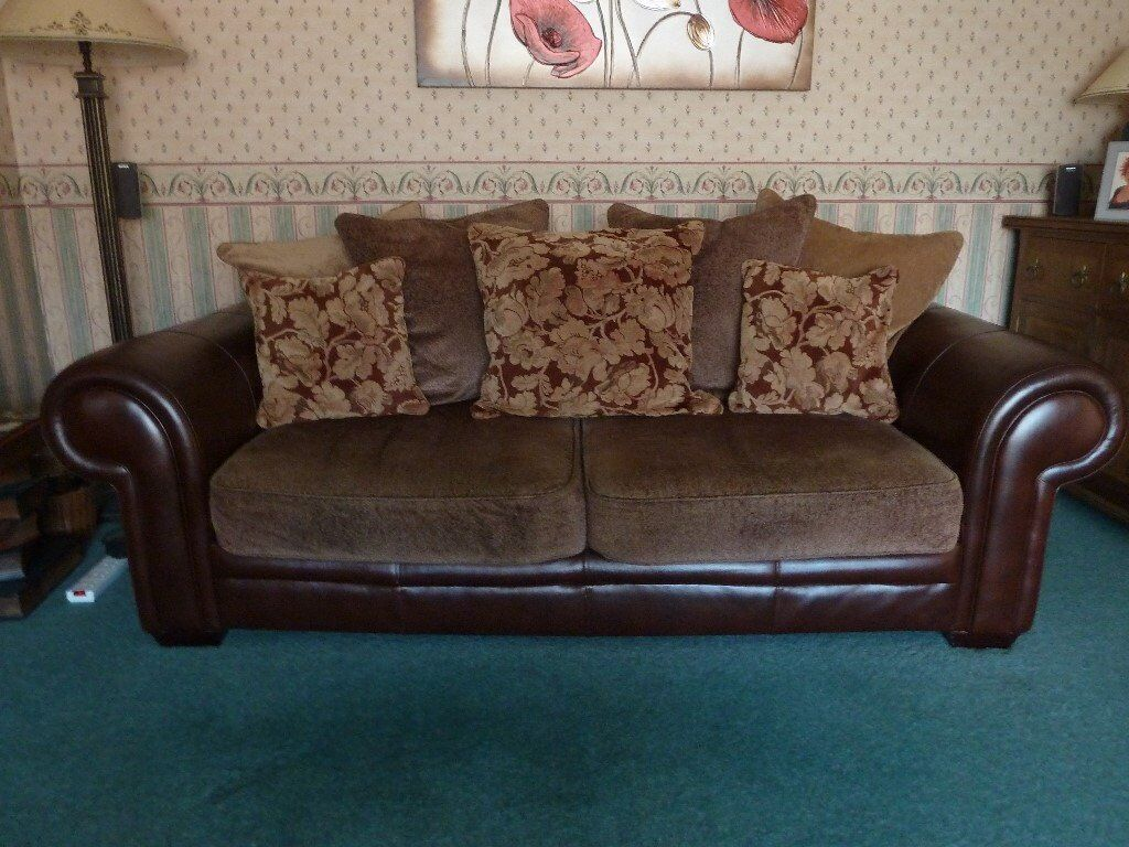 Reduced For Quick 2 3 Seater Sofas With Cushions Storage Footstool In
