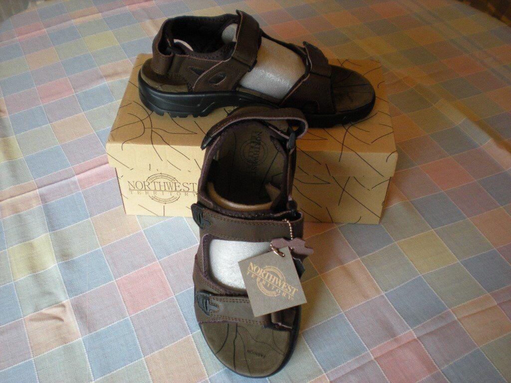 Mens brown sandals