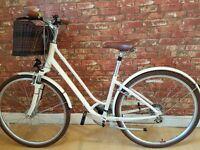 "Giant Flourish 2. 16"" Frame. Womens Town Bike. 24 gears. RRP £450"